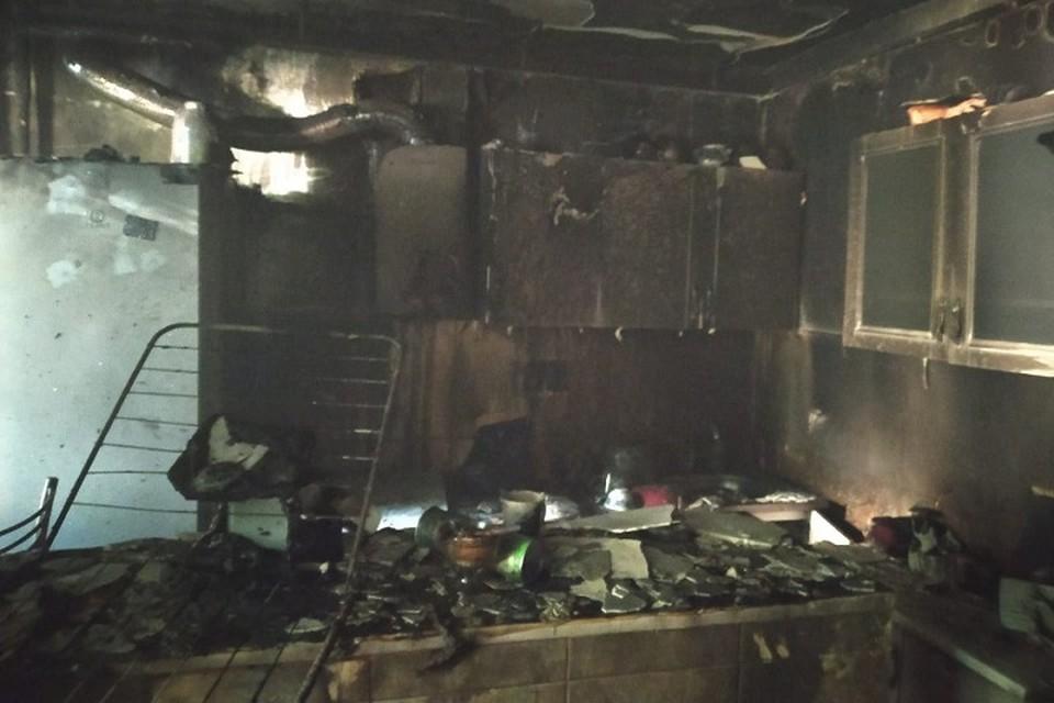 Площадь пожара составила 10 квадратных метров.
