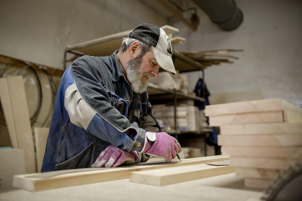 От 50 до 250 тысяч рублей в месяц предлагают начальнику производства в деревообрабатывающий цех в Москве.