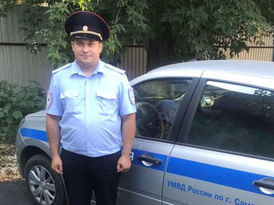 Сергей Барацков не в первый раз приходит на помощь дезориентированным местным жителям. Фото: ГУ МВД по Самарской области