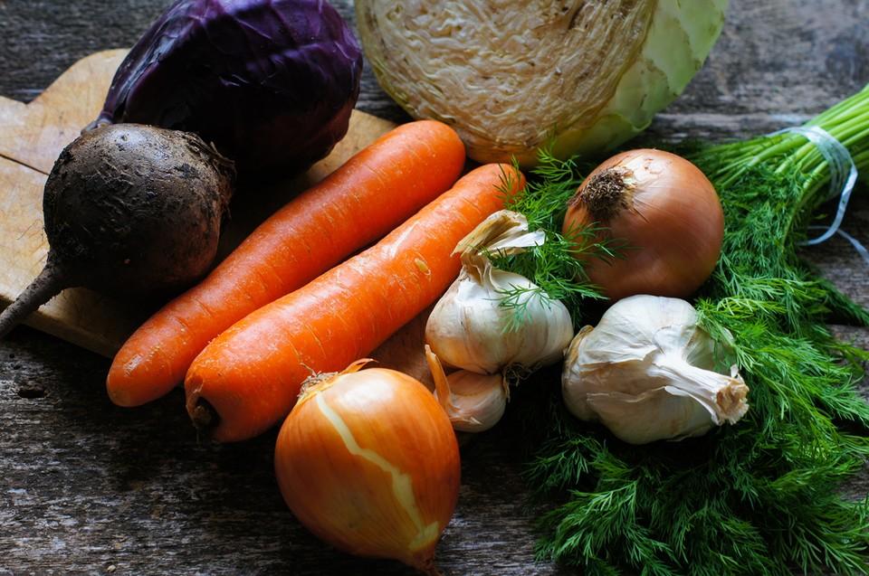 В правительстве уже поддержали предложения единороссов по увеличению числа ярмарок и корректировке ценообразования на овощи в торговых сетях.
