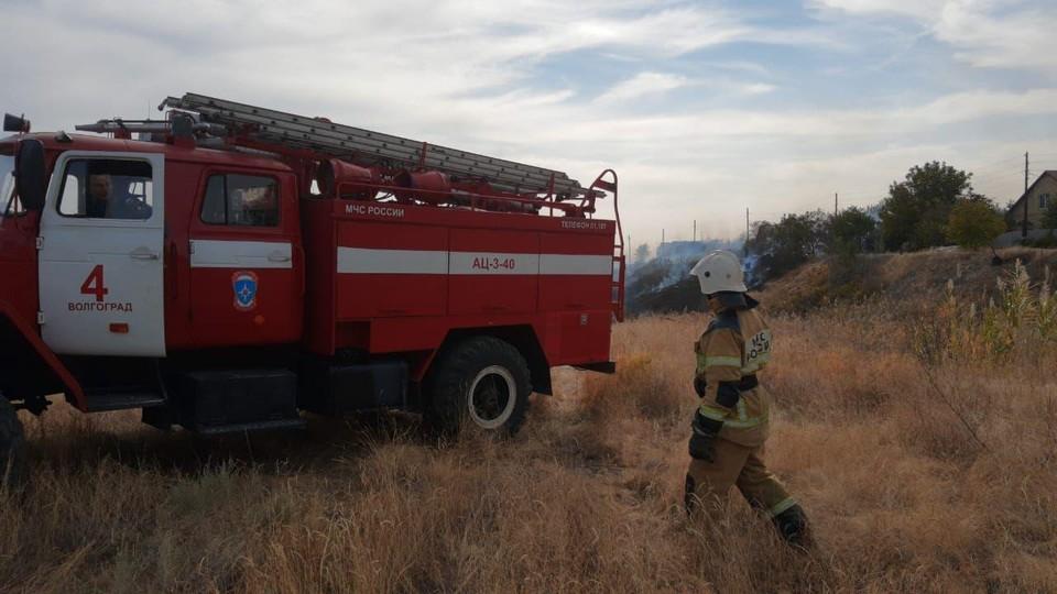 Человеческий фактор и жара - причины участившихся пожаров. Фото: ГУ МЧС России по Волгоградской области.