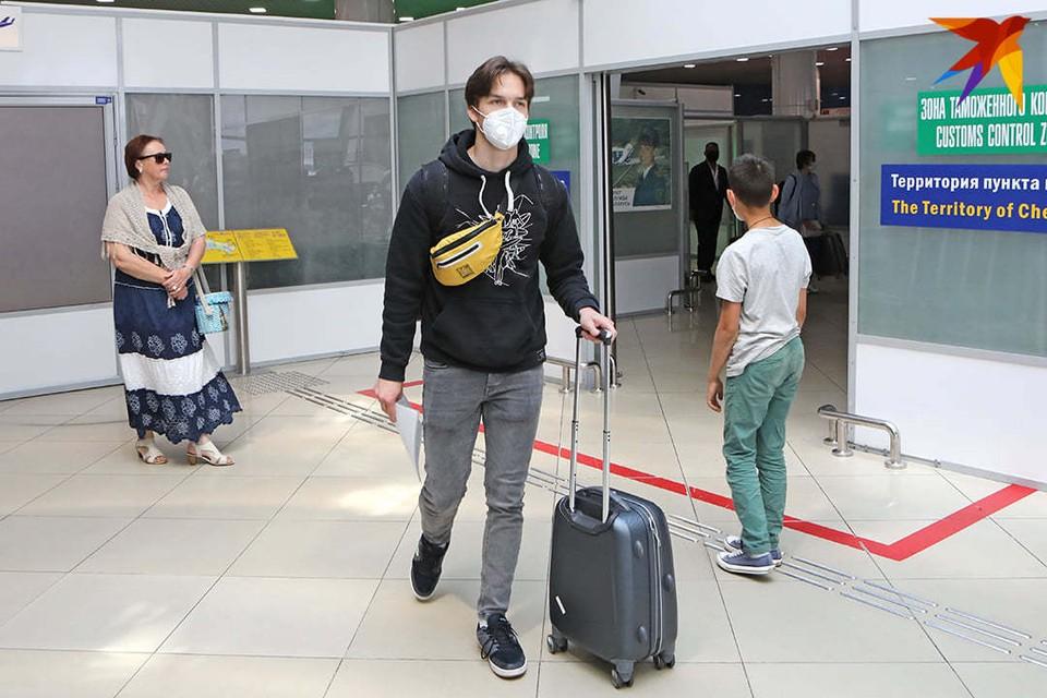Дельта-штамм коронавируса в Беларуси, посольство США избавляется от мебели и новые авиарейсы: что произошло в Беларуси 20 июля 2021 года