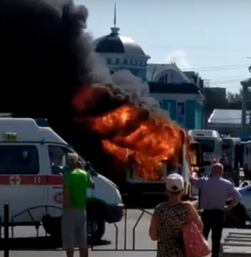 ЧП случилось в районе железнодорожного вокзала. Фото: «Инцидент Омск»