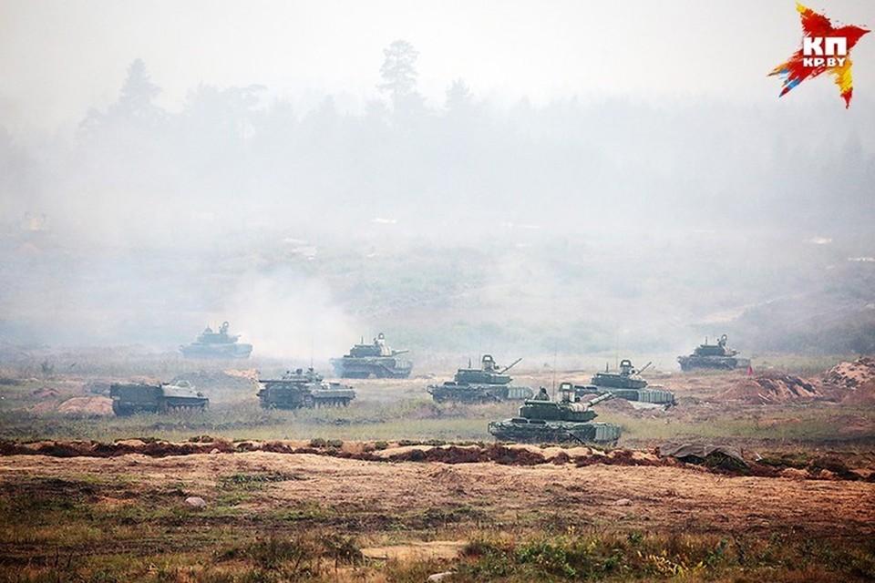 Россия начала переброску своих войск в Беларусь. Фото носит иллюстративный характер.