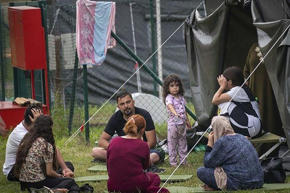 Нелегальные мигранты на границе. Фото: Obzor.lt