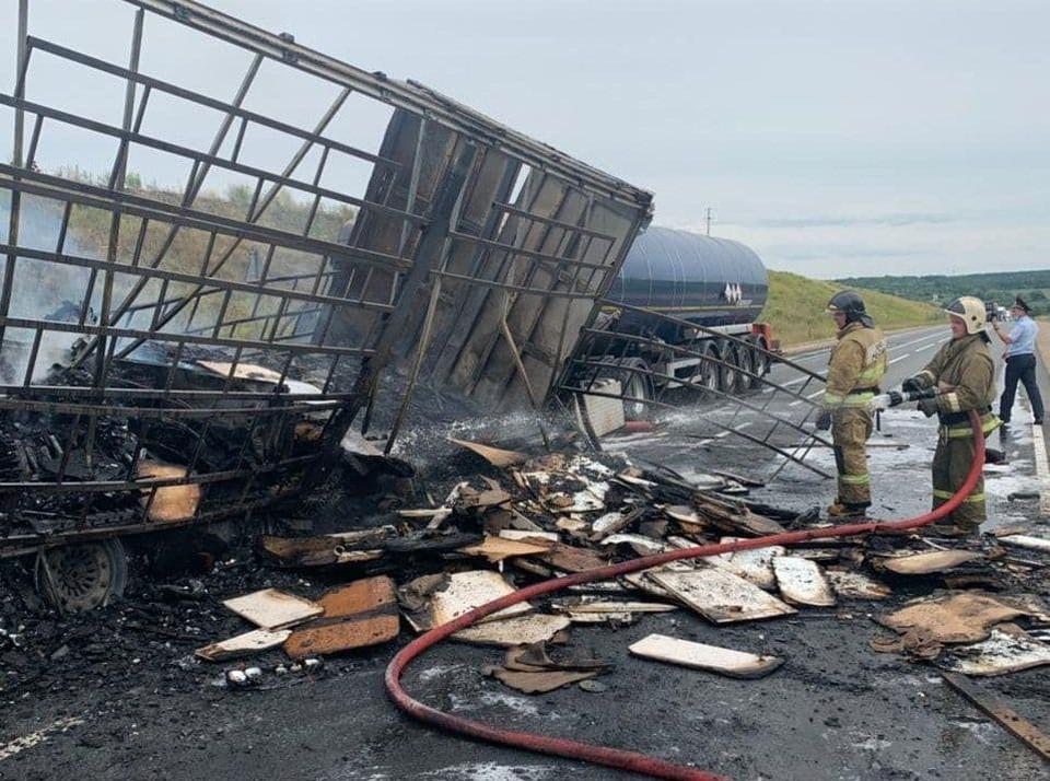 Ещё четыре человека пострадали в ДТП на трассе М-7 Кстовского района. ФОТО: ГУ МЧС России по Нижегородской области