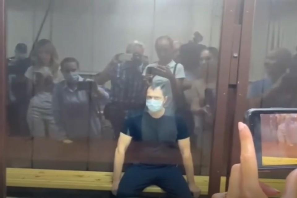 Алексей Сафонов в зале суда. Фото: стоп-кадр видео