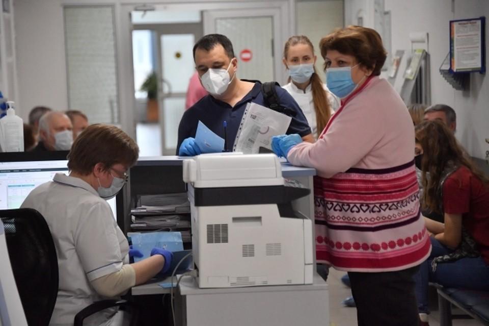 Глава Коми прокомментировал информацию о задержке скорой помощи и аврале в поликлиниках