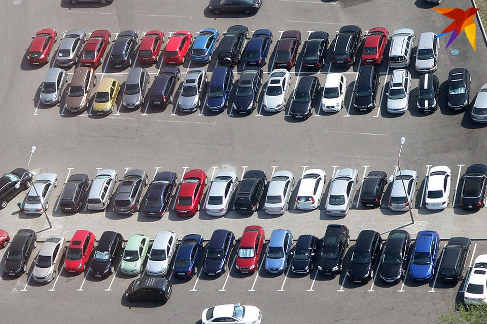 Налоговая предупредила белорусов о проблемах при покупке автомобилей по счетам-справкам.