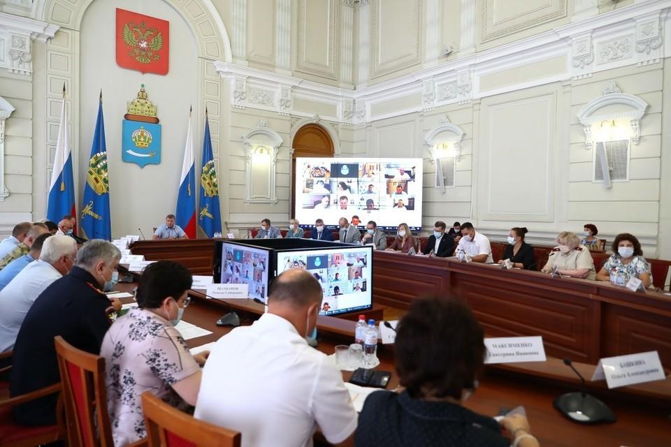 Из-за неблагоприятной эпидобстановки в Астраханской области введут жёсткие ограничительные меры