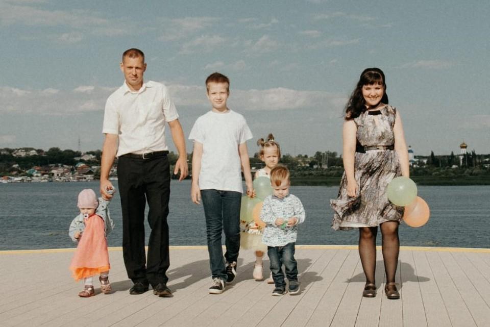 Лилия полтора года была одна в доме ребенка, а месяц назад обрела, наконец, семью