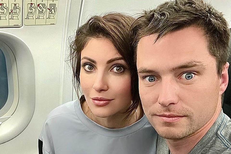 Анастасия Макеева и Роман Мальков поженились весной. А теперь сражаются в суде против первой жены бизнесмена.