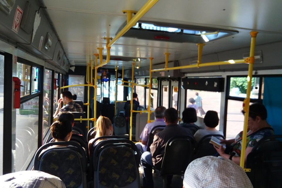 Также одна из пассажирок обвинила мужчину в нарушении масочного режима.