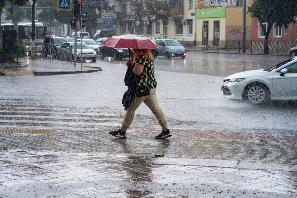 Новая рабочая неделя в Орловской области начнется с дождя и сильного ветра