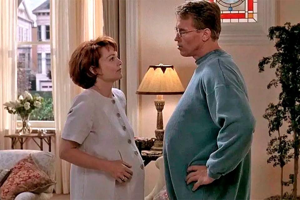 """Фраза """"беременные люди"""", по мнению руководства Гарварда не оскорбляет трансгендеров. Фото: кадр из фильма """"Беременный""""."""