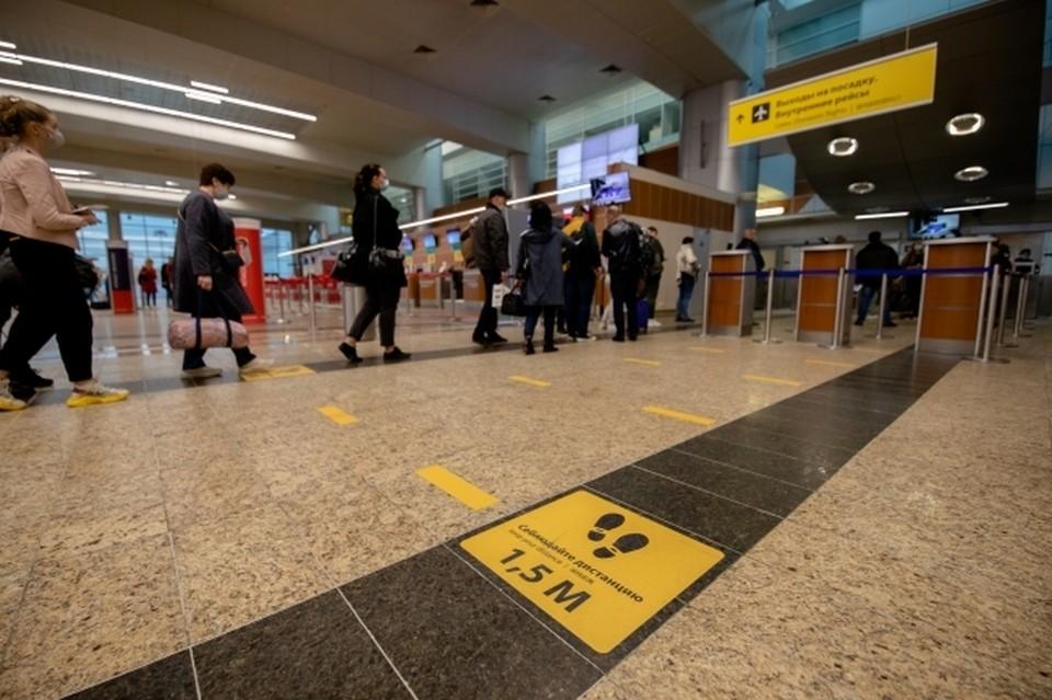 Новый терминал будет включать в себя два этажа, куда войдут новые зоны досмотра, залы ожидания и выдачи багажа, кафе, магазины и много другое.