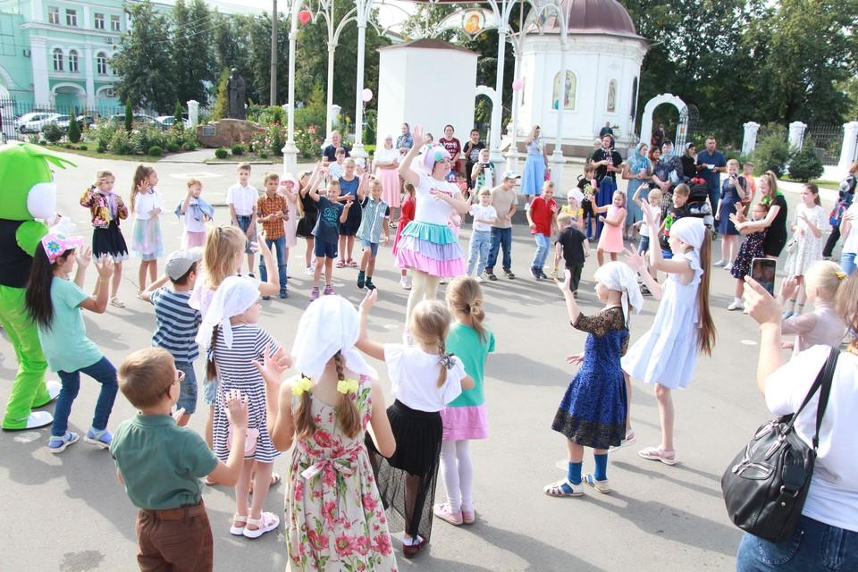 В Орле состоялся праздник «Портфель первоклассника». Фото: Сергей Хоменко