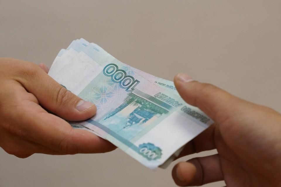 Житель Братска, спасаясь от чужого кредита, «подарил» мошенникам 2 миллиона рублей