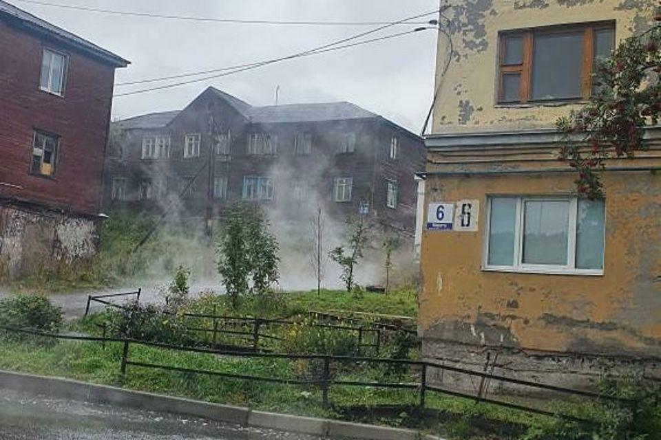 Пешеходов и водителей просят быть осторожными. Фото: vk.com/city51ru