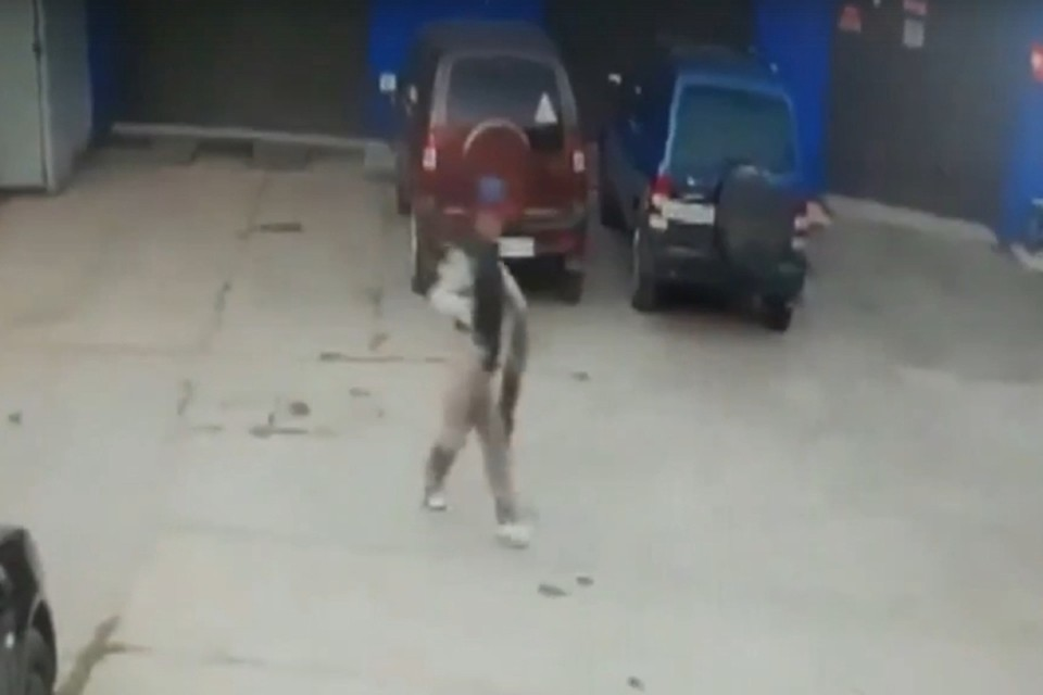 Если вы узнали этого человека, обратитесь в полицию. Фото: скрин с видео 43.мвд.рф