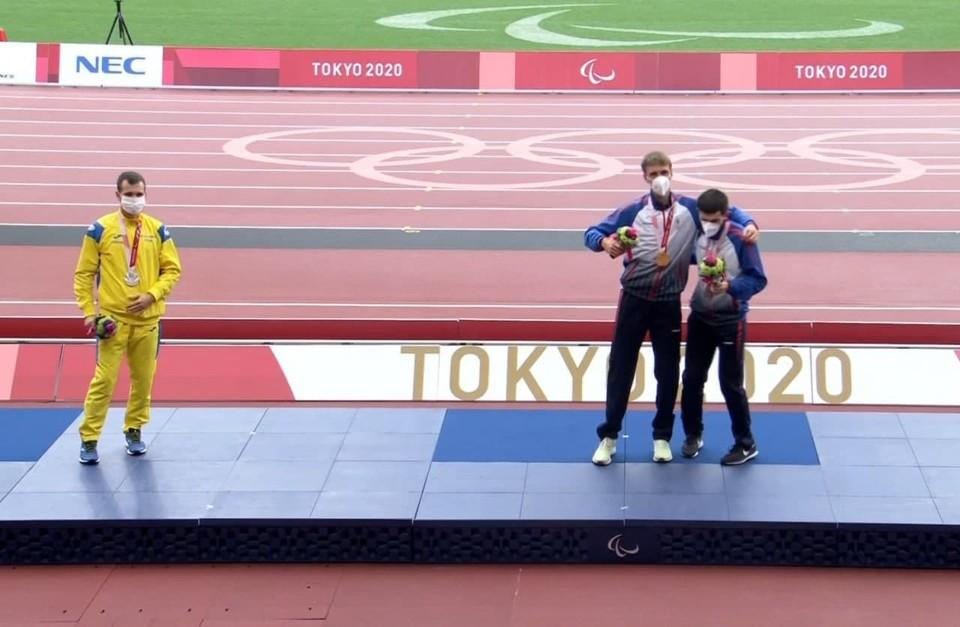 Российский чемпион Паралимпиады Сафронов ответил на отказ украинца фотографироваться вместе