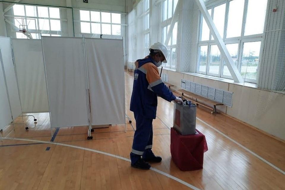 На Сахалине досрочно голосуют нефтяники на удаленных объектах. Источник: избирательная комиссия Сахалинской области