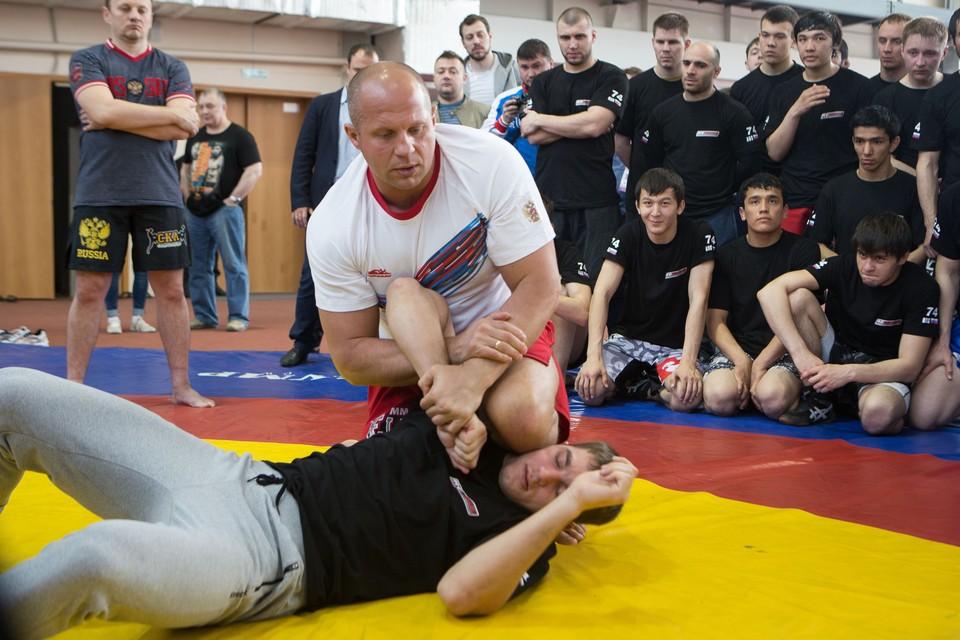 На занятиях физкультуры в аграрном университете Федор Емельяненко наверняка будет желанным гостем.
