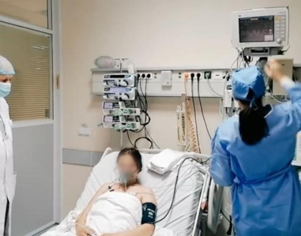 Из-за роста числа заражений коронавирусом в Молдове вновь открываются ковидные отделения в больницах и создаются дополнительные места в реанимациях. Фото: соцсети