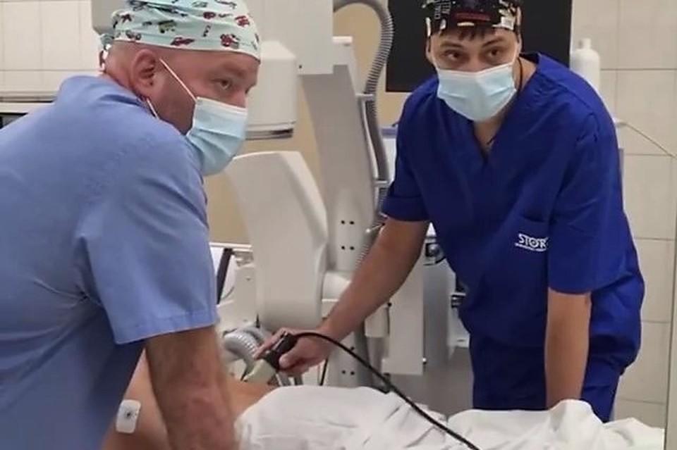 Во время обучения медики прооперировали трех пациентов