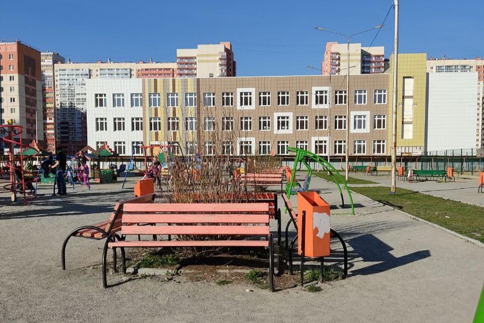 Это буден первая школа в микрорайоне «Академ-Риверсайд»