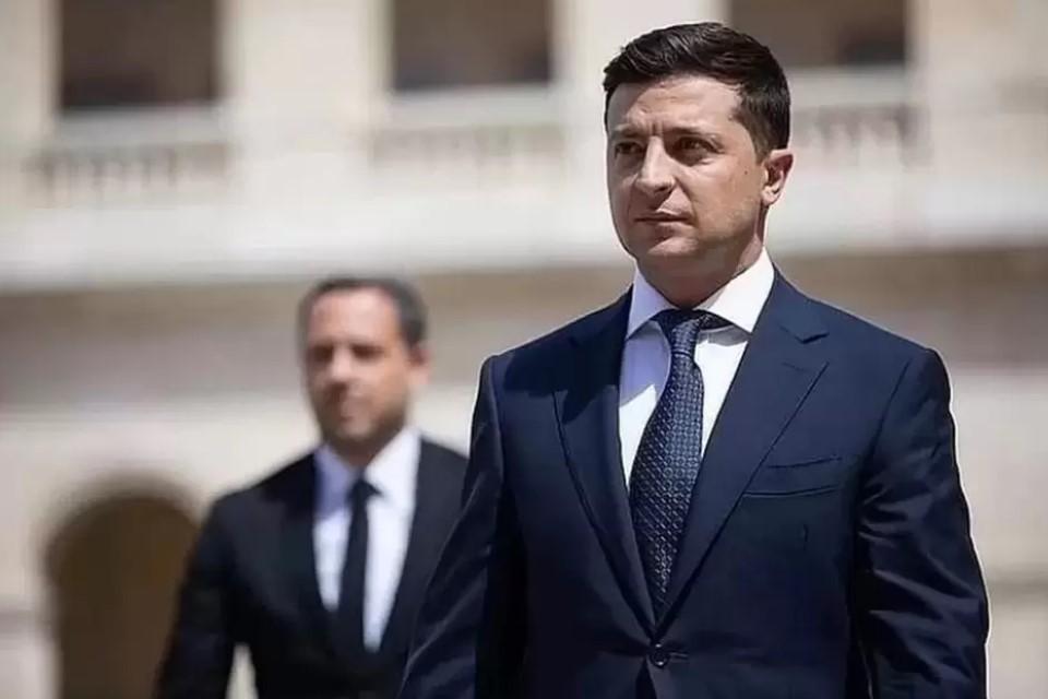 По словам политолога, переговоры двух сторон больше не будут пустой тратой времени. Фото: официальная страница Владимира Зеленского