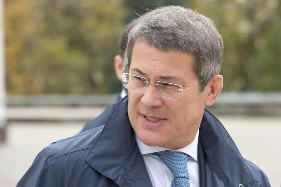 По словам Хабирова, в последнее время он стал более спокойным в принятии решений.