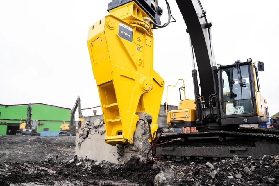 В Норильске началась большая уборка промышленной зоны от строительного мусора, строений, заброшенных конструкций. Фото предоставлено компанией «Норникель»