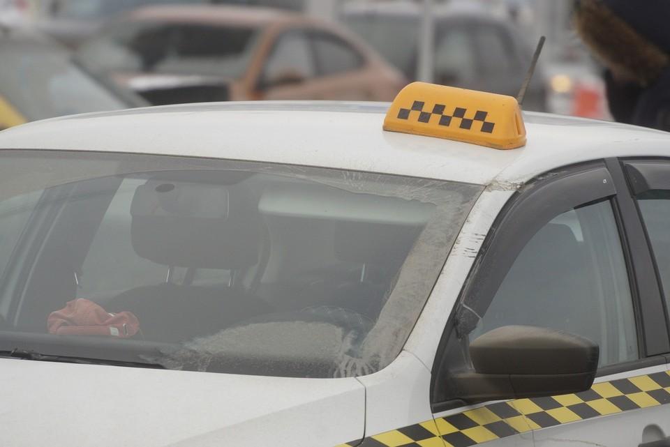 У таксистов крадут телефоны