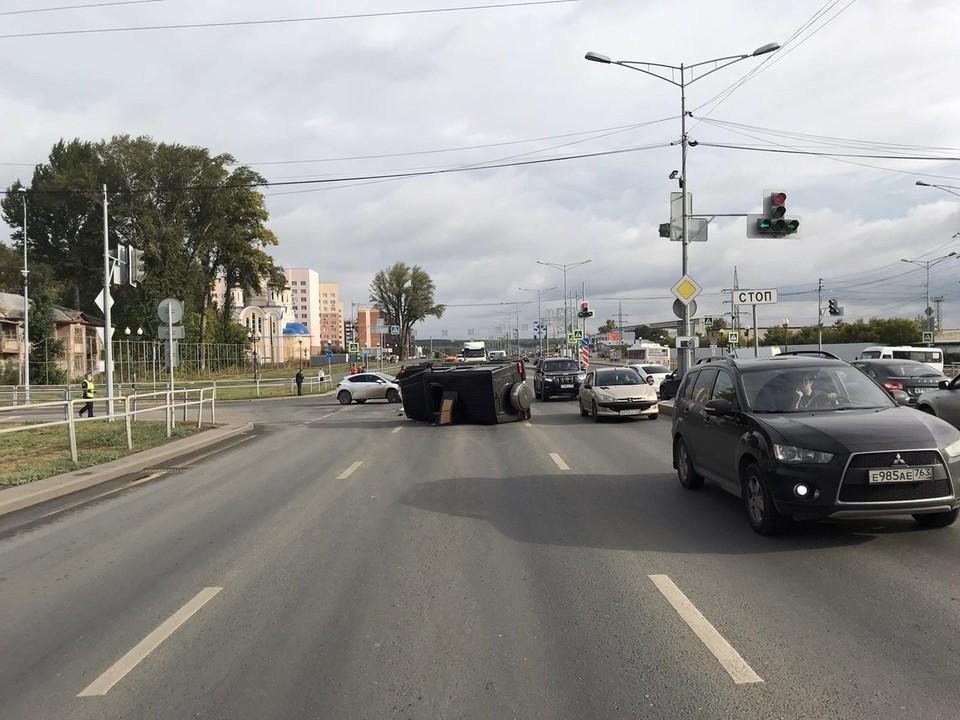 Авария произошла около 8 часов утра. Фото:ГУ МВД по Самарской области