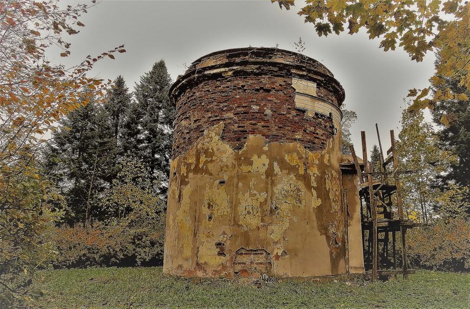 Пулковскую обсерваторию отреставрируют за 3,5 млн рублей / Фото: www.citywalls.ru