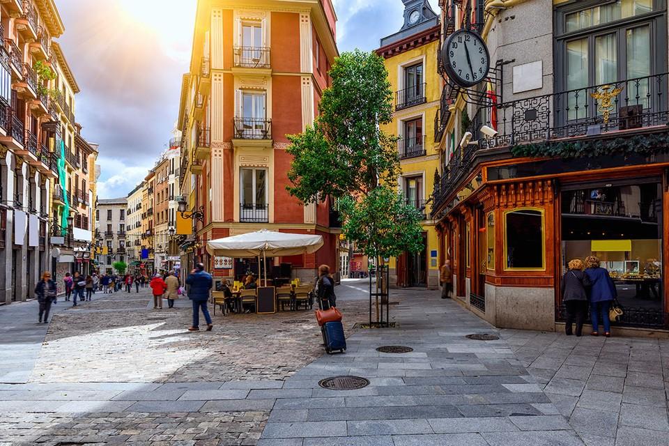 Официально Испания пока не принимает россиян с туристическими целями.