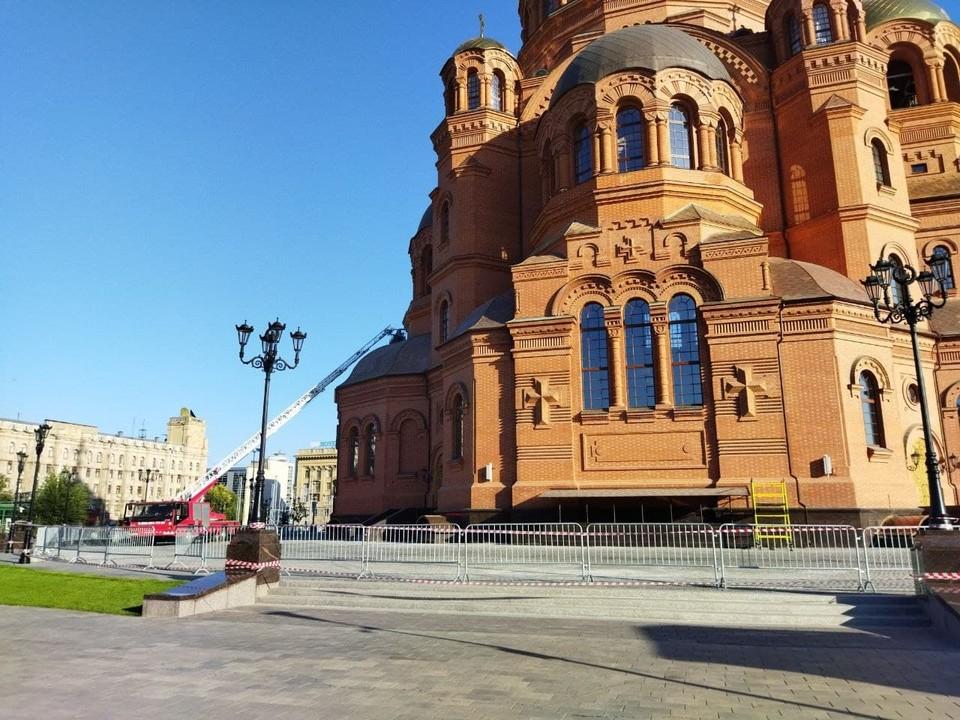 В соборе Александра Невского завершаются последние приготовления перед открытием