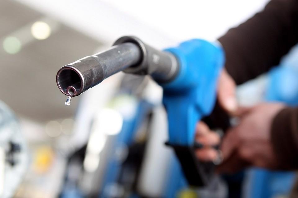 У топливных компаний Молдовы - сверхприбыль, благодаря закону, принятому ПДС. Фото: соцсети