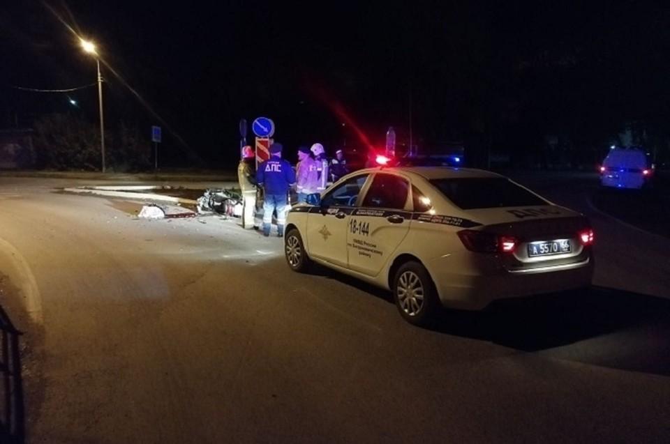 Мотоциклист погиб на месте происшествия до прибытия скорой медицинской помощи. Фото: УГИБДД по Свердловской области
