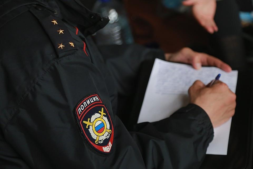 Под Красноярском телефонный аферист из мести неудавшейся жертве «заминировал» здание полиции