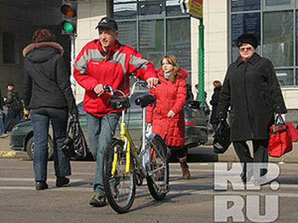 Велокурьеры доставят почту и еду