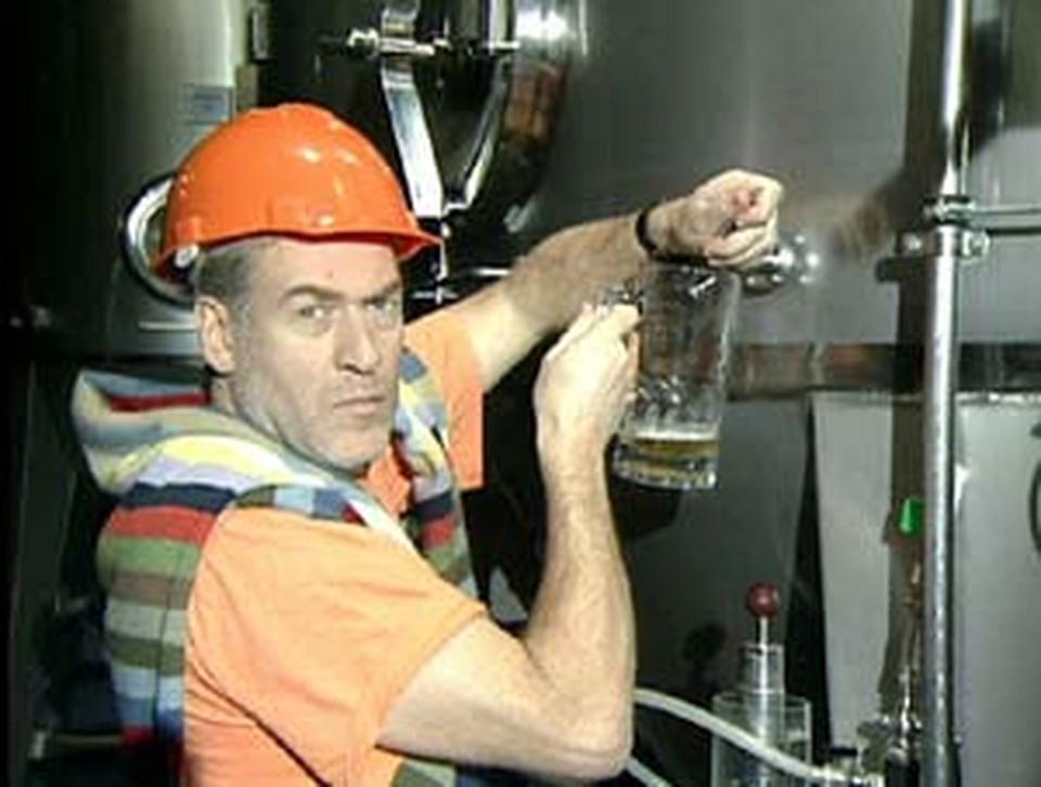 После столь долгого отсутствия Троицкий вернулся на ТВ. Как за это не выпить?