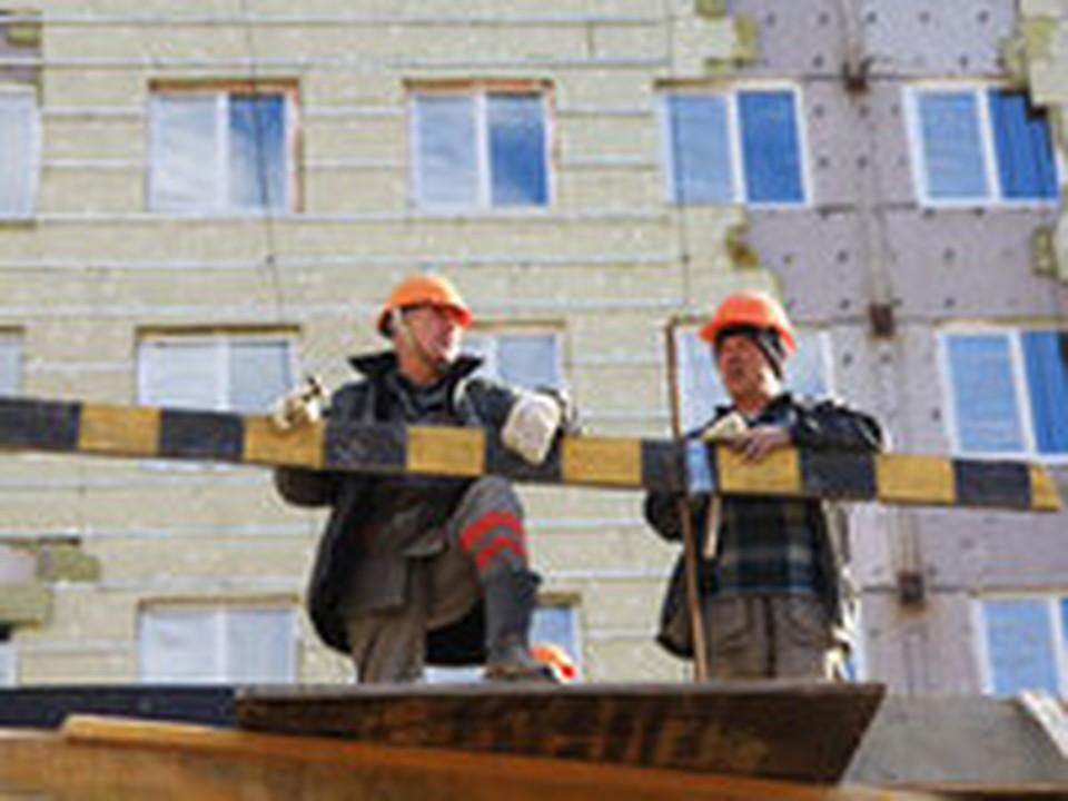 Кредиторы из МВФ советуют правительству строить меньше жилья