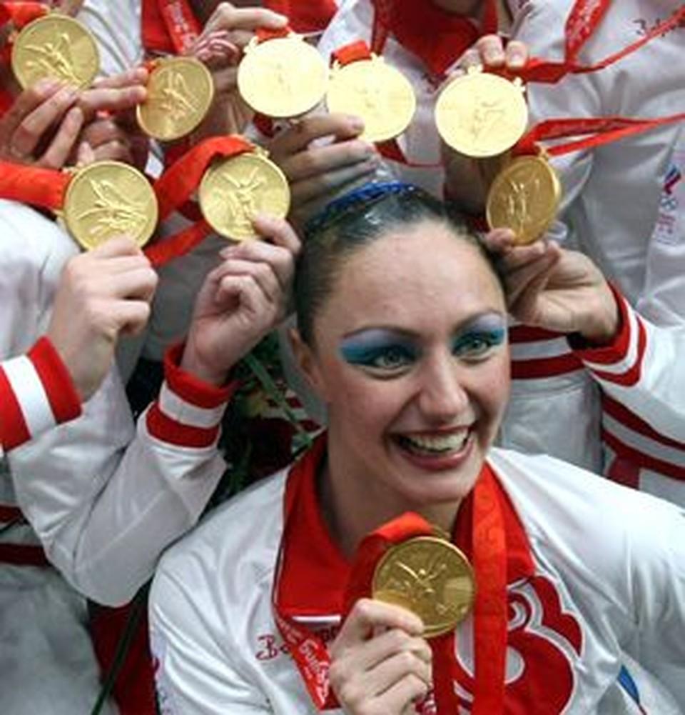 Если бы восемь наших синхронисток сложили призовые, полученные за пекинские медали, то девушки могли бы прикупить одну приличную квартиру в центре Москвы.