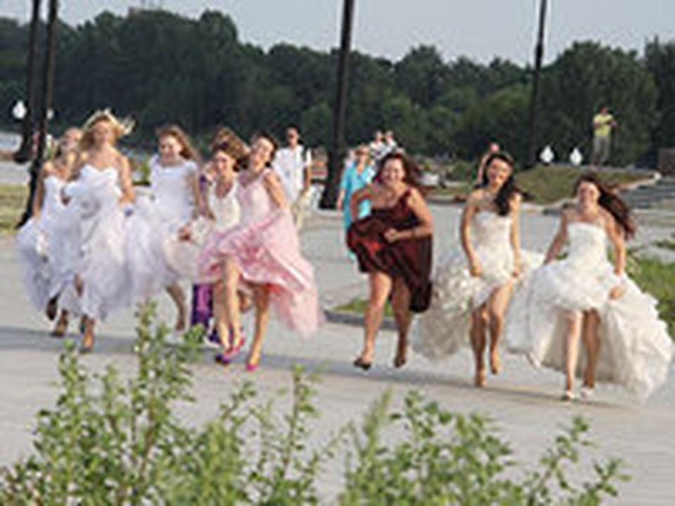 Оторвался перед свадьбой с подружками невесты