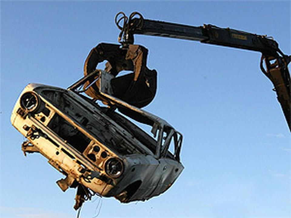 Минпромторг готов продлить программу утилизации авто до конца 2012 года