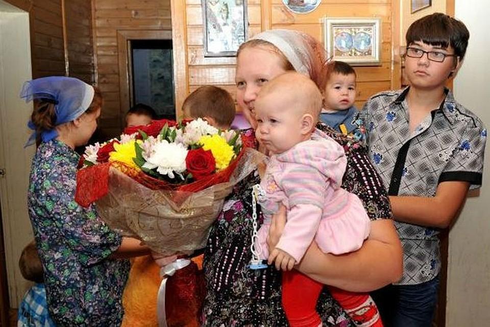 термобелье, термобельё малообеспеченная многодетная семья в новосибирске образом, термобелье это