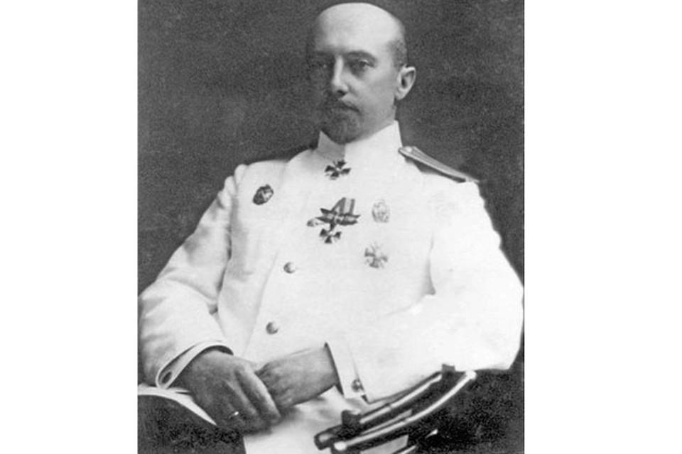 Гланамур К.Ф. Кетлинский первым из мурманчан признал новую власть