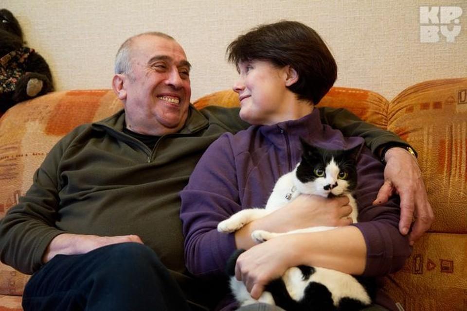 """- Я завидую идеальным парам, но у меня так не получается, слишком я увлекающийся и легкомысленный… - признался """"Комсомолке"""" Николай Михайлович."""